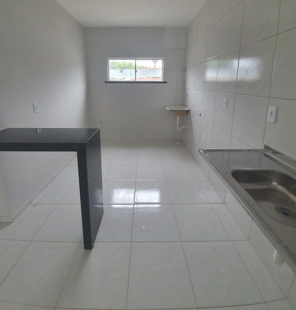 Lindo apartamento no bairro pedras a venda com 02 quartos.