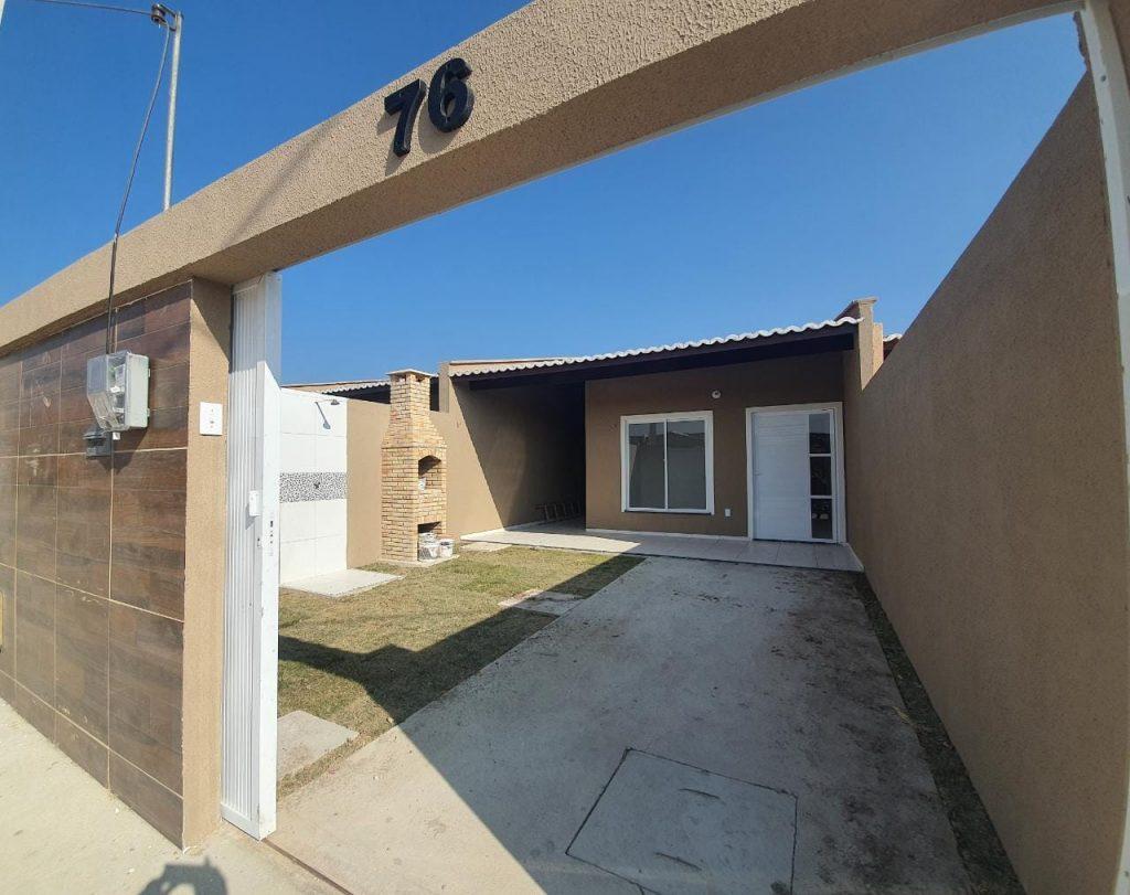 Bela casa a venda na Rua turquesa, nº 78 localizada no bairro Jabuti .